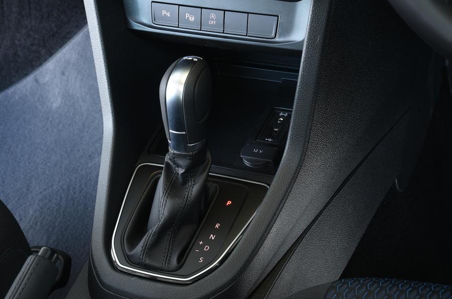 Volkswagen Caddy Maxi Life DSG gearbox