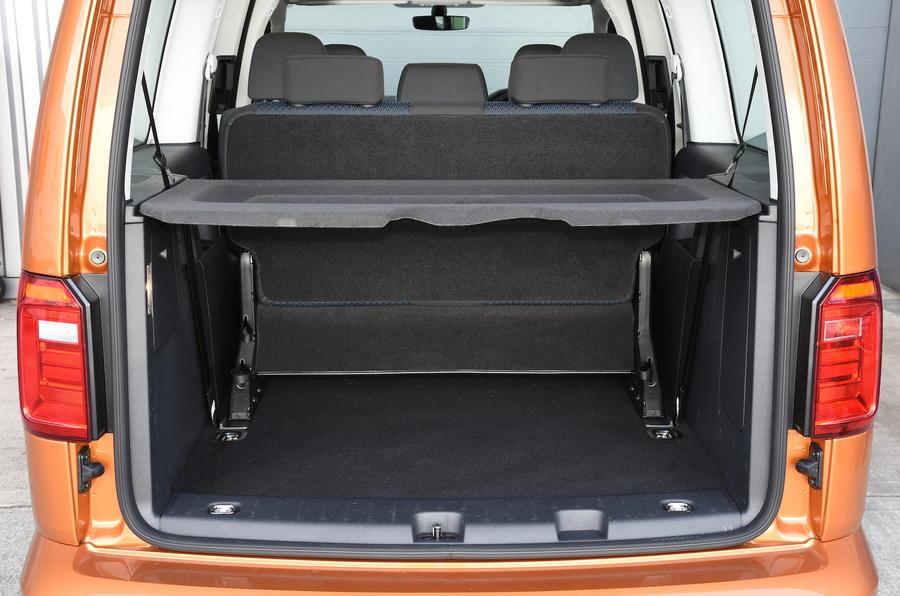 Volkswagen Caddy Maxi Life boot space