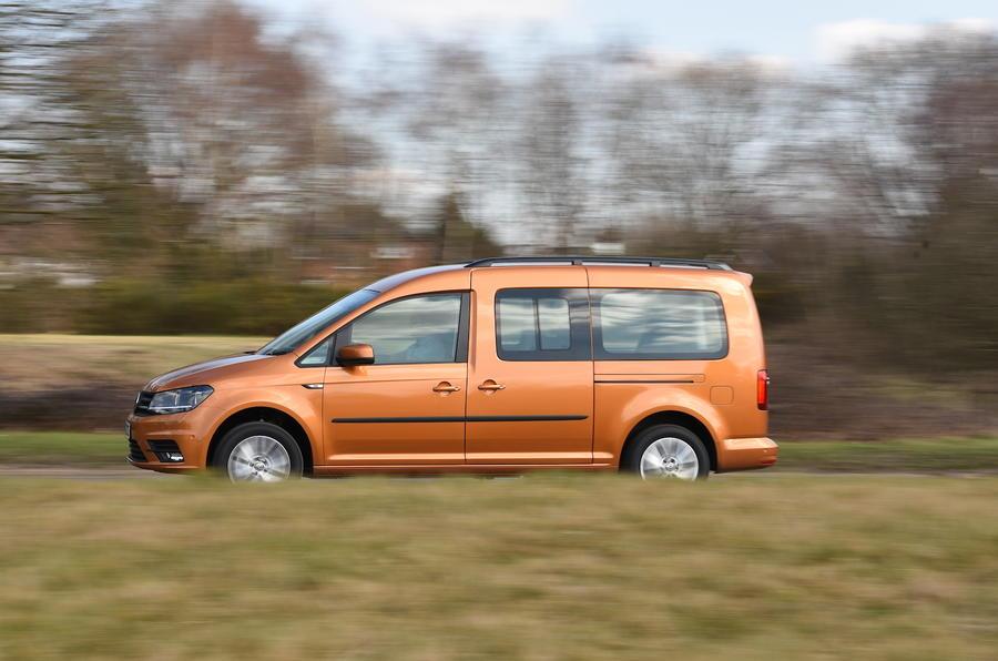 Volkswagen Caddy Maxi Life side profile