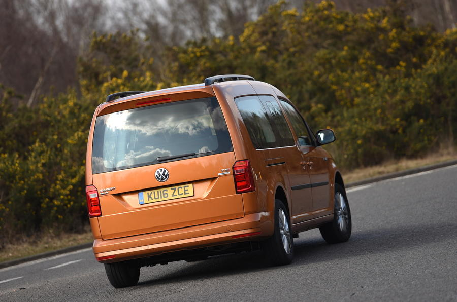 Volkswagen Caddy Maxi Life rear