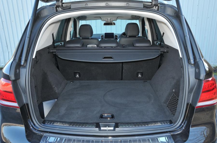 Mercedes-Benz GLE 350 d boot space