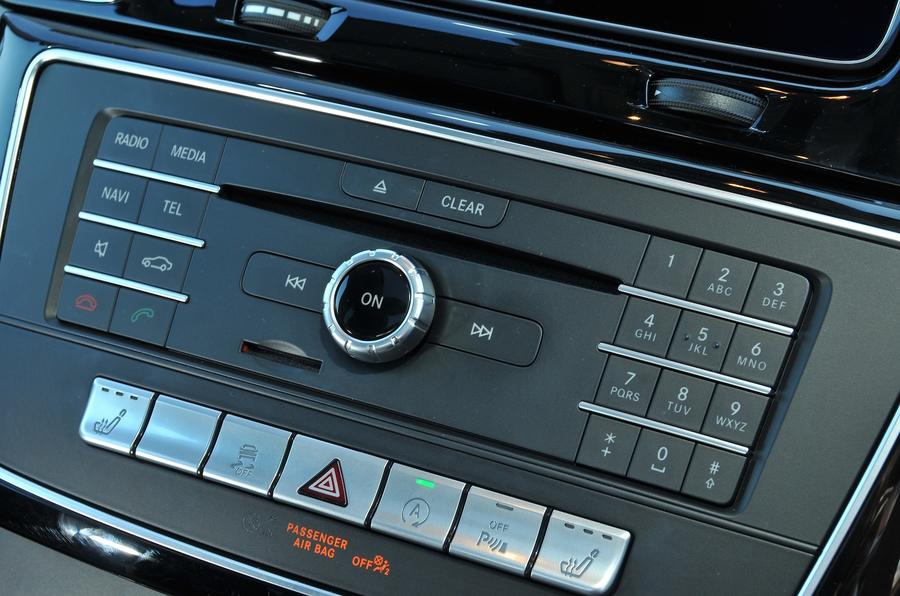 Mercedes-Benz GLE350 d stereo