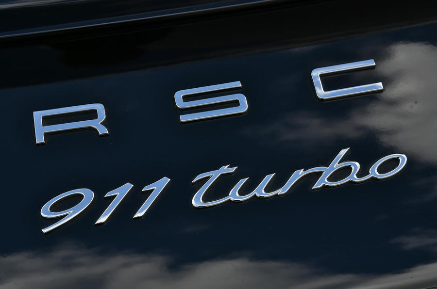 Porsche 911 Turbo badging