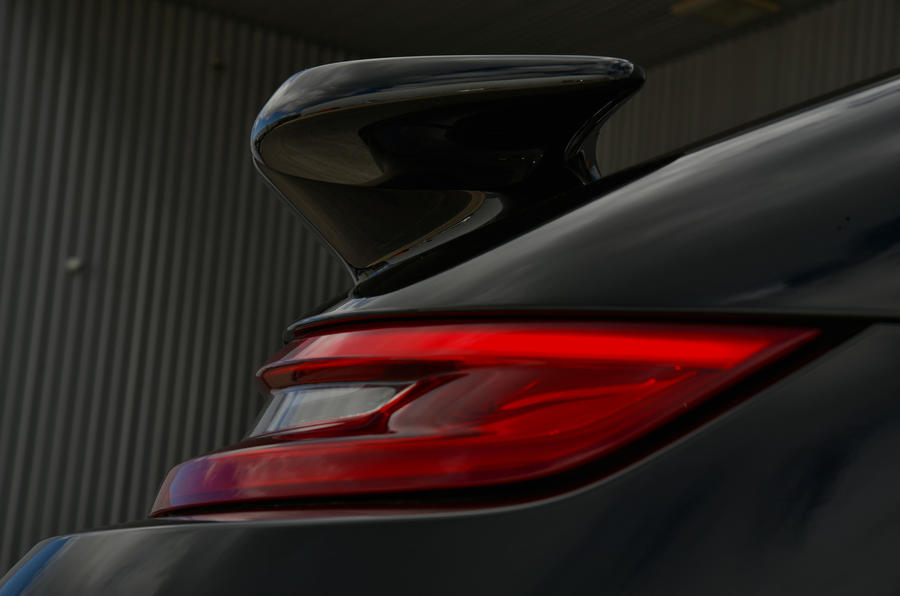 Porsche 911 Turbo Cabriolet rear wing