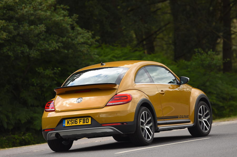 2016 volkswagen beetle dune 1 2 tsi 105 review review. Black Bedroom Furniture Sets. Home Design Ideas
