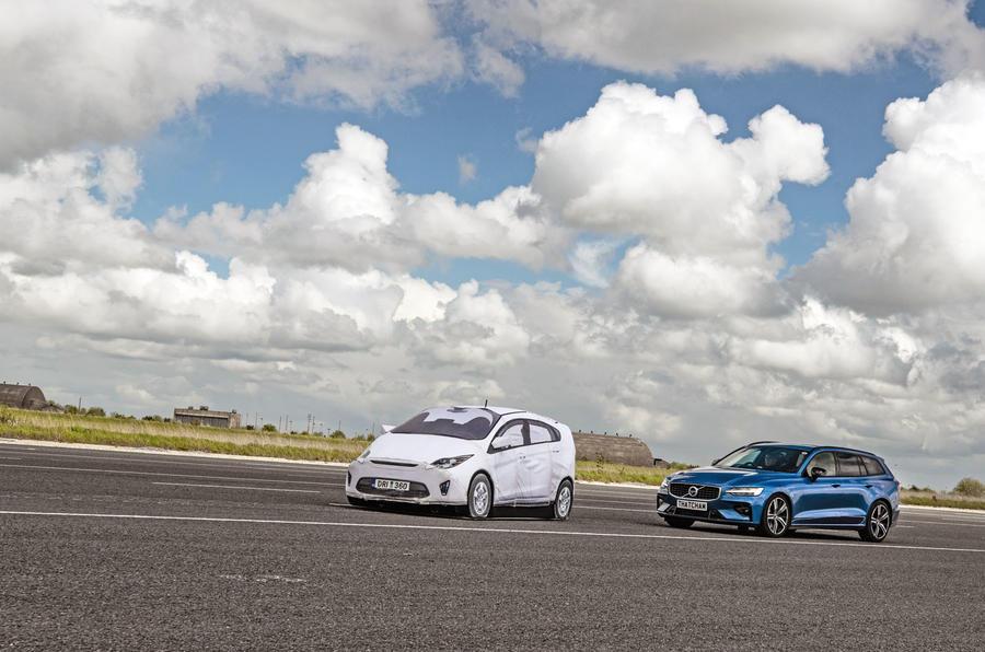 Volvo V60 braking tests