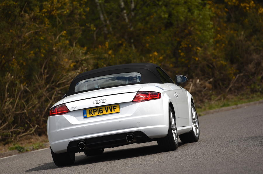 Audi TT rear roof up