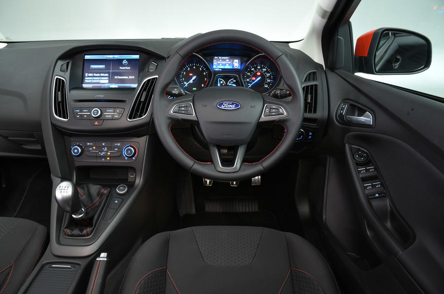 Ford Focus Black Edition dashboard