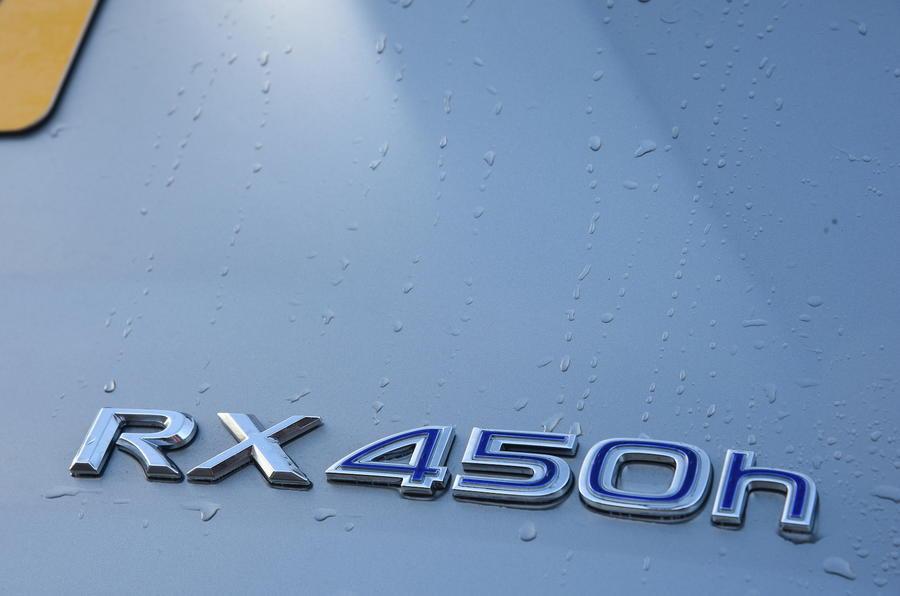 Lexus RX450h badging