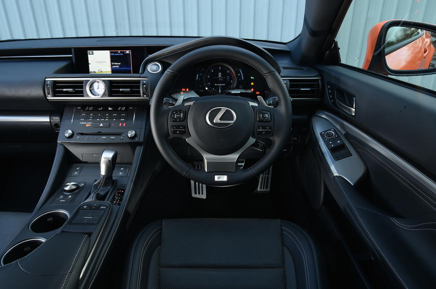 Lexus RC 200t dashboard