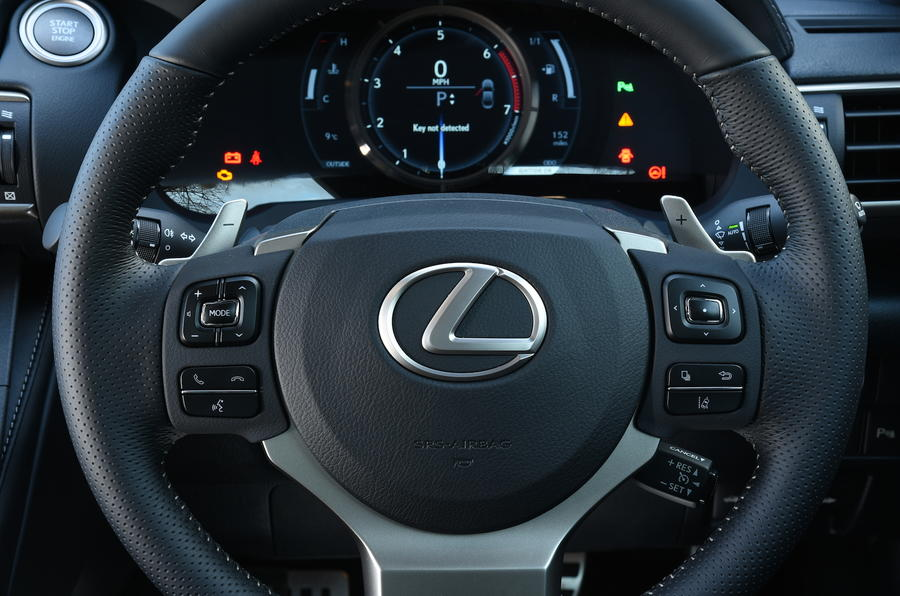 Lexus RC 200t steering wheel