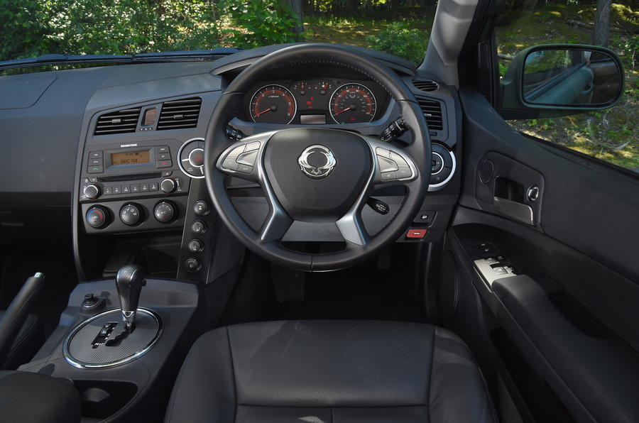 Ssangyong Korando Sports DMZ dashboard