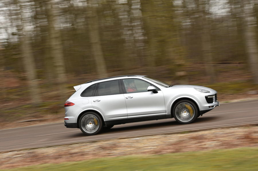 Porsche Cayenne Turbo S side profile