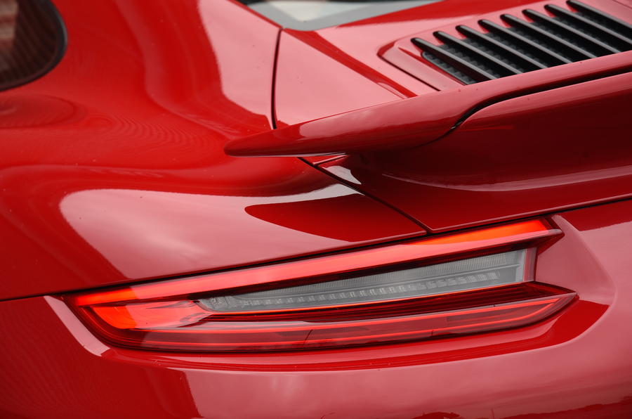 Porsche 911 Turbo S tailights