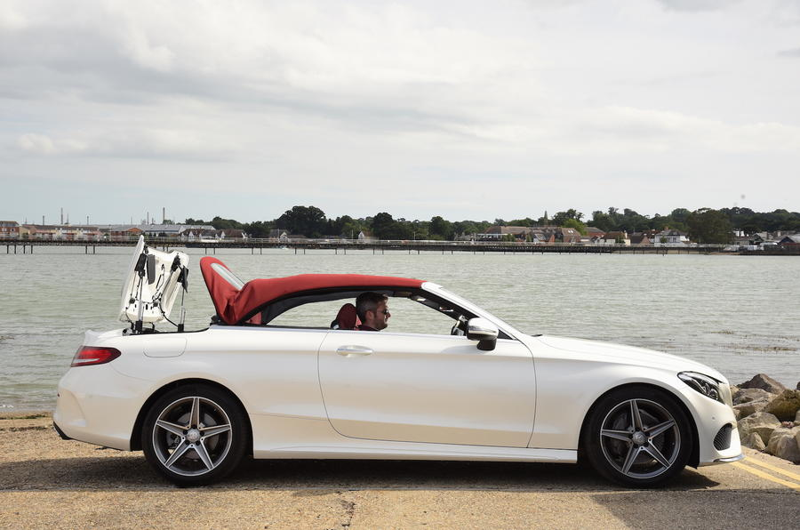 Mercedes-Benz C 220 d Cabriolet roof closed