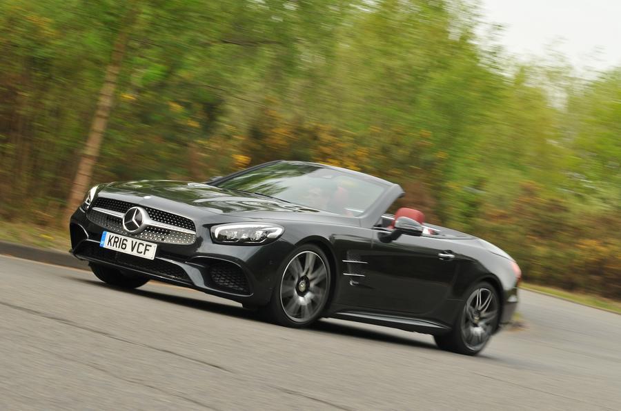 2016 mercedes benz sl 400 amg line review autocar for Mercedes benz 400