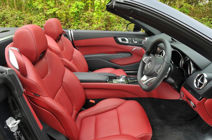 Mercedes-Benz SL 400 sport seats