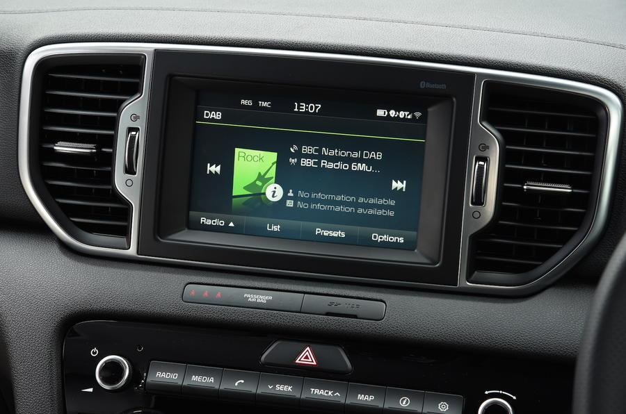Kia Sportage infotainment system