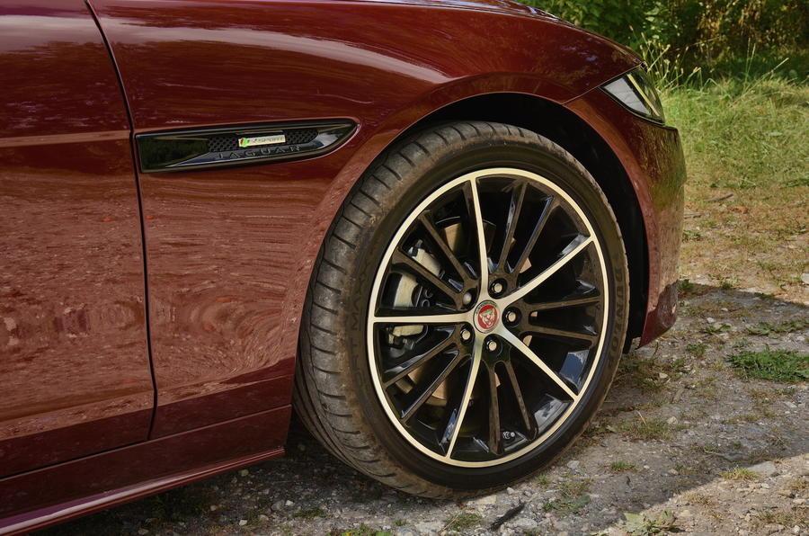 18in Jaguar XE R-Sport alloys
