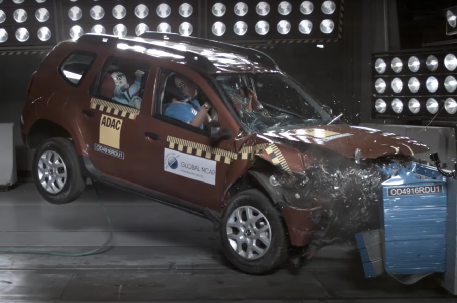 Renault Duster crash test