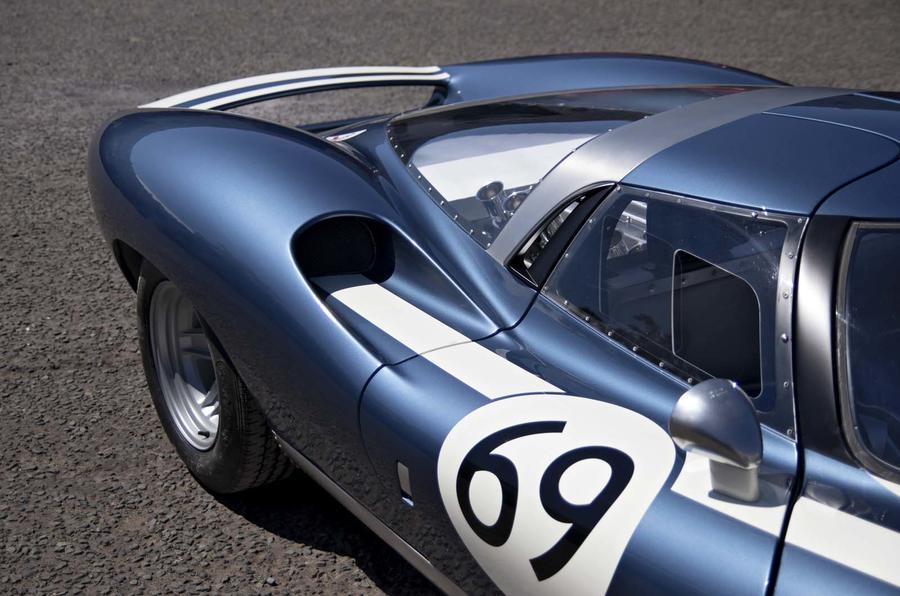 Ecurie Cars LM69 - rear quarter