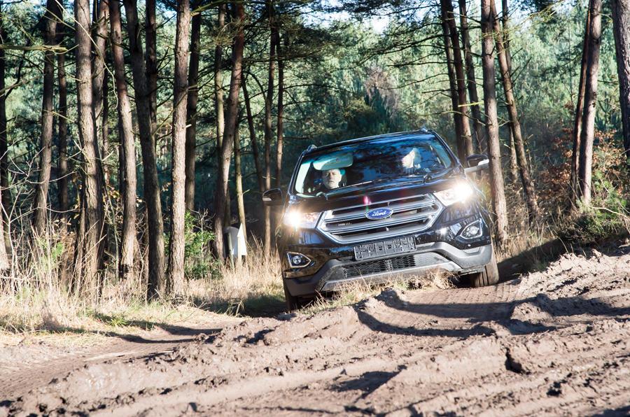 Ford Edge tackling rough terrain