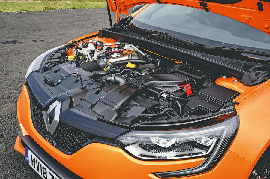 Renault Mégane RS Trophy engine bay