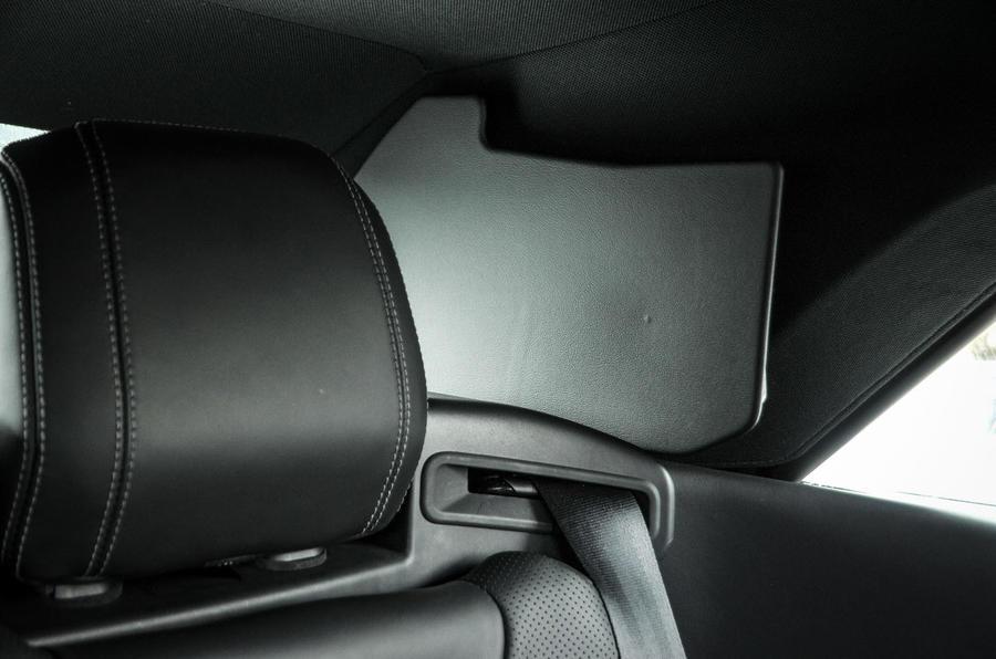 Land Rover Evoque Convertible rear seatbelt
