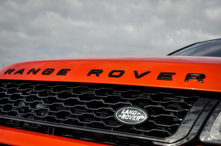 Land Rover Evoque bonnet