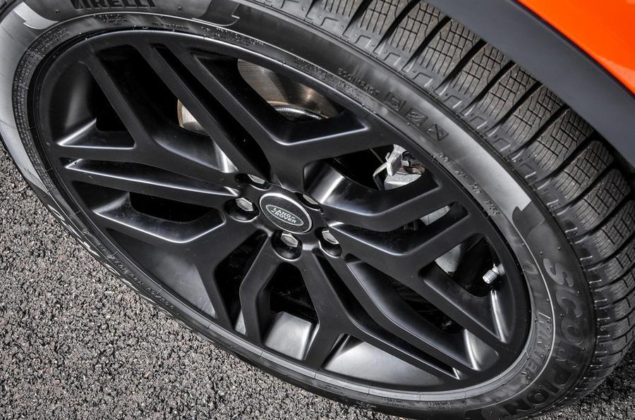 Land Rover Evoque Convertible alloys