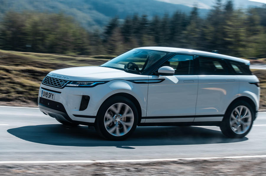 2019 Land Rover Range Rover Evoque - side - cornering