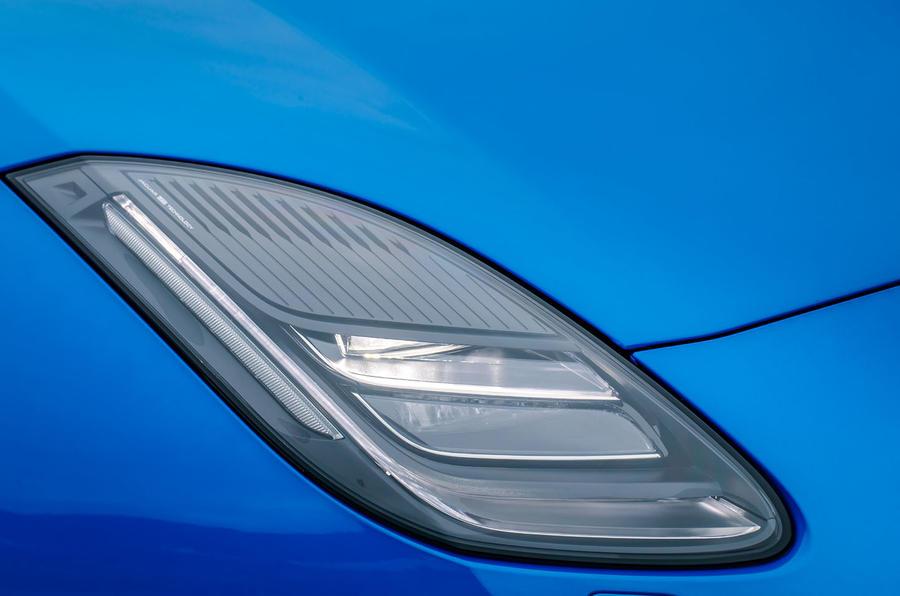 Jaguar F-Type LED headlights