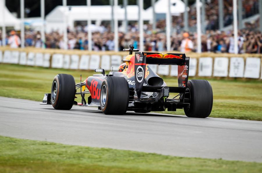 RED BULL-RENAULT RB7