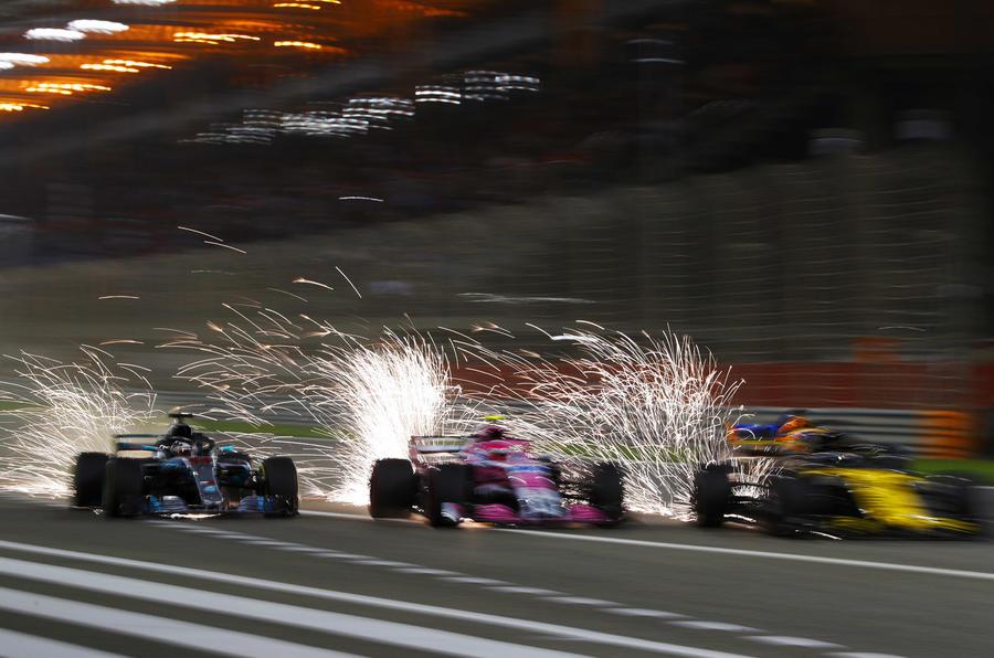 F1 2018: Vettel holds off Bottas for Bahrain win | Autocar