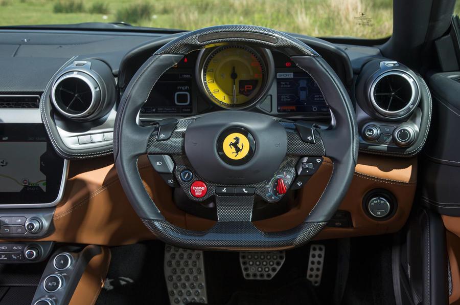 Ferrari GTC4 Lusso steering wheel