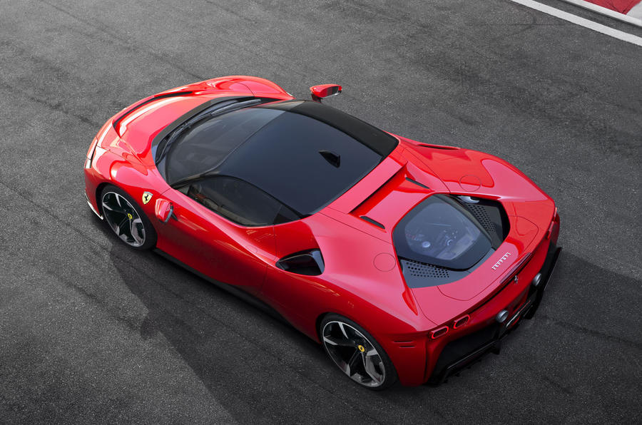Ferrari SF90 Stradale press shots - roof