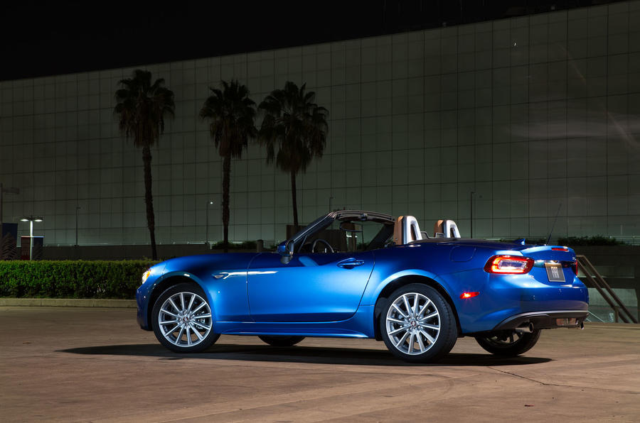 2016 fiat 124 spider pricing and specification revealed | autocar