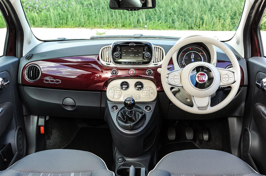 Fiat 500 full dashboard