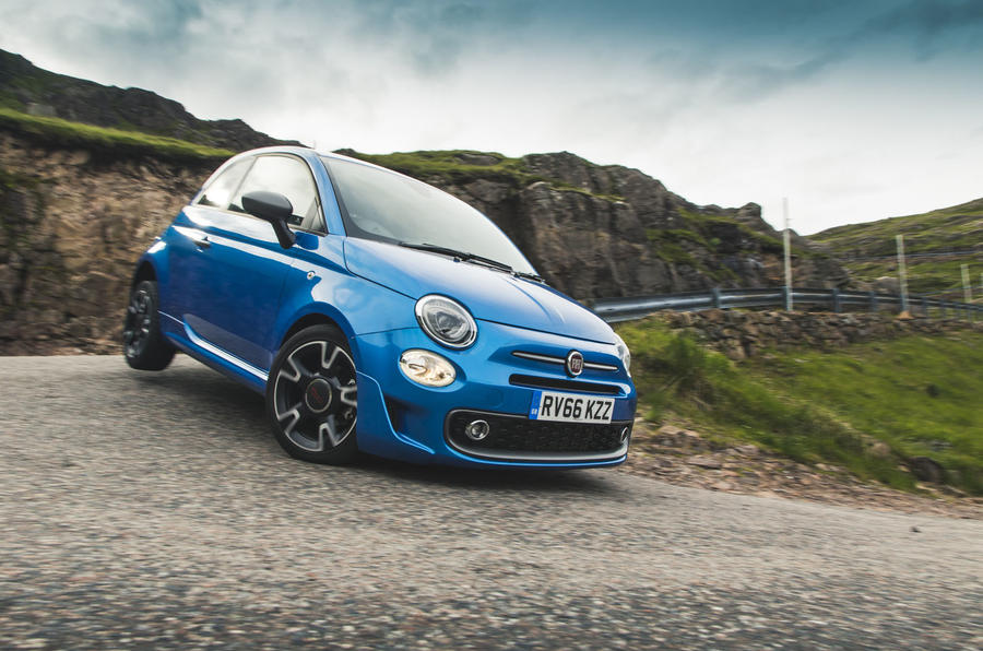 Fiat 500 1.2 - cornering front