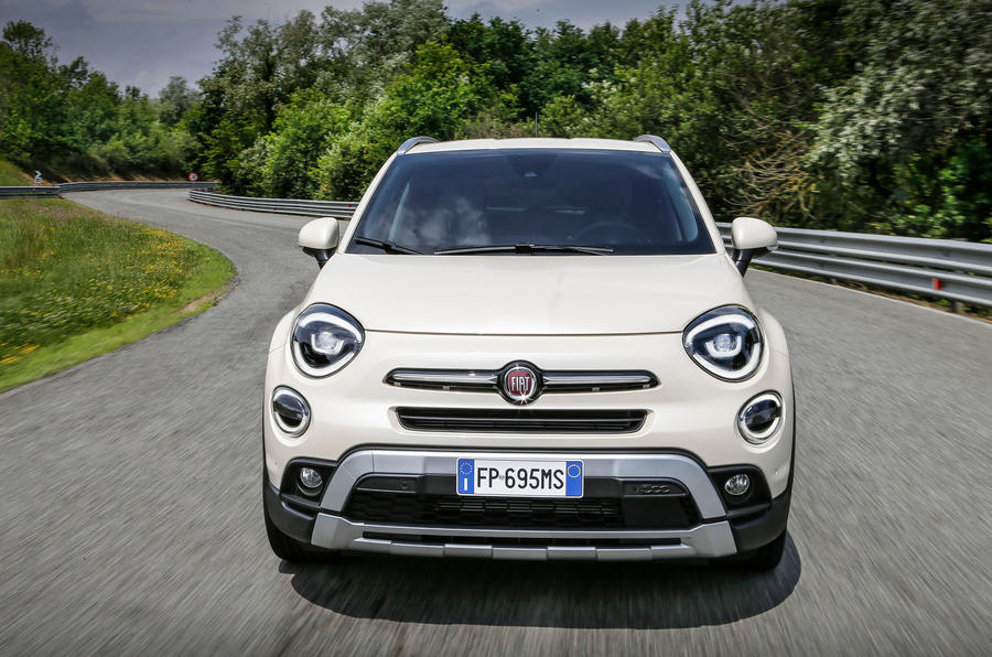 fiat-500-x-2018-front-grille
