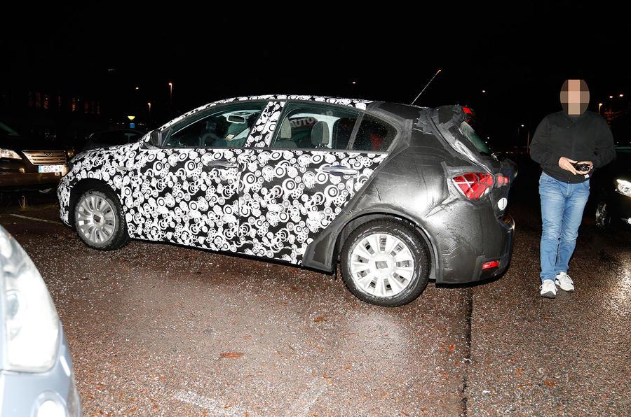 Fiat Tipo spy shots