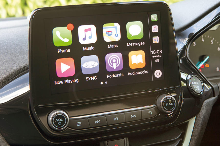 Ford Fiesta ST Apple CarPlay