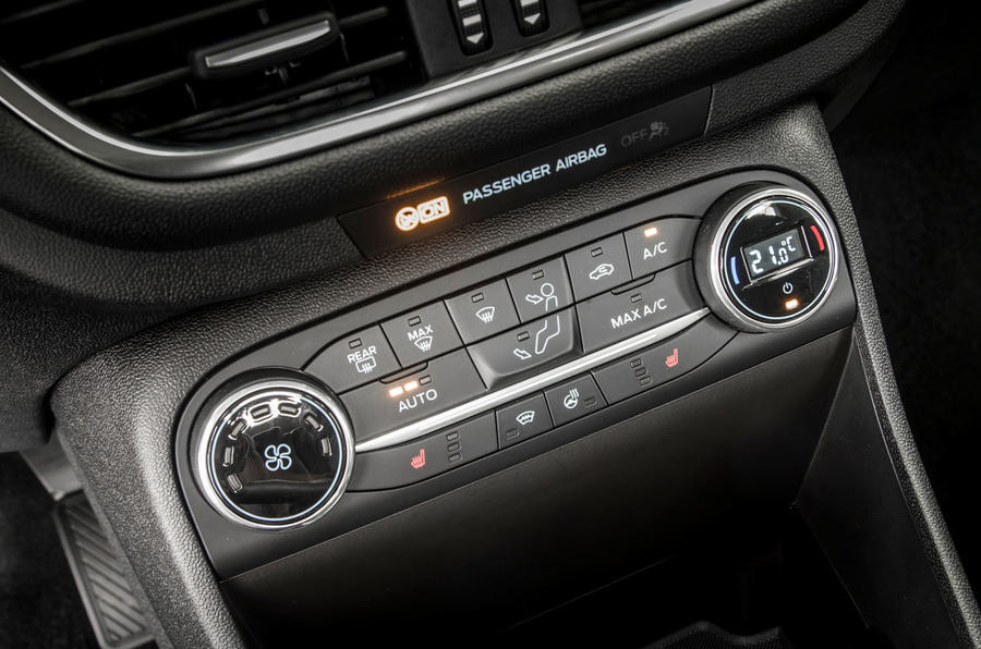 Ford Fiesta climate control