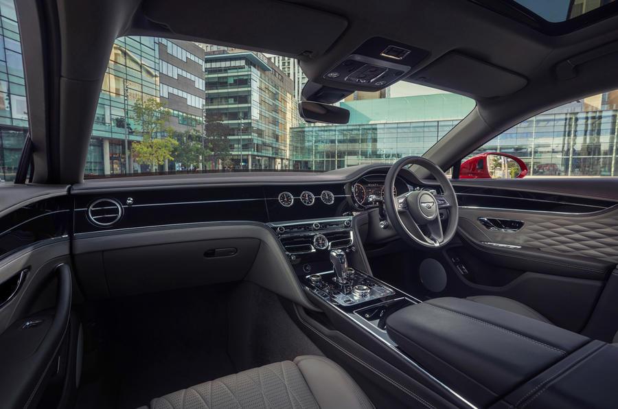 2020 Bentley Flying Spur V8