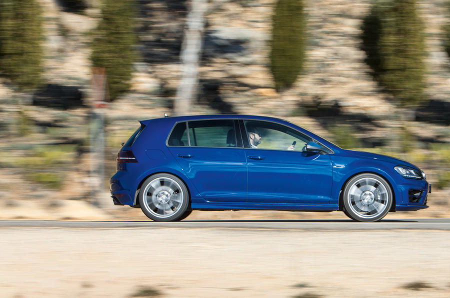 Volkswagen Golf R profile