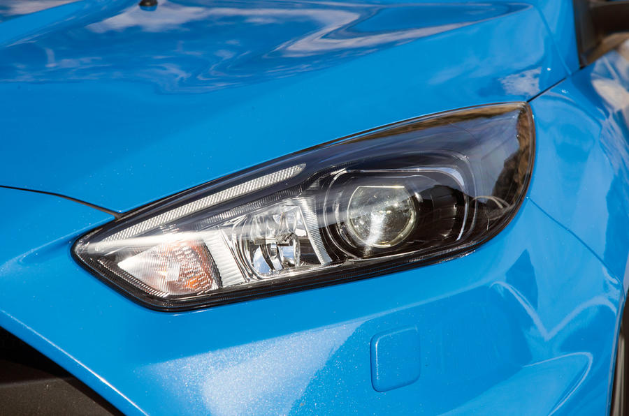 Ford Focus RS headlight