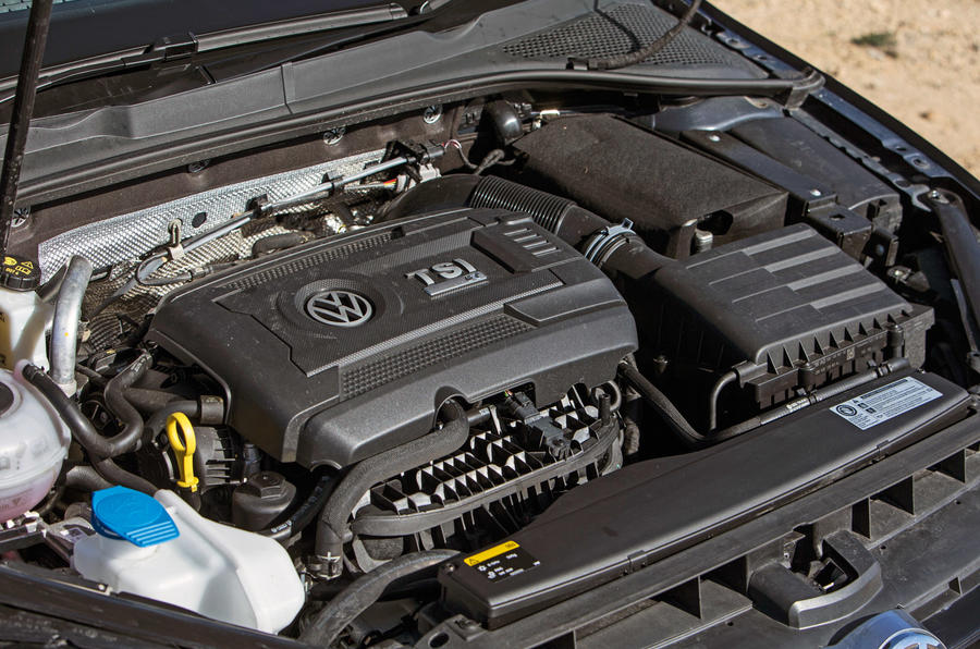 Volkswagen Golf R engine
