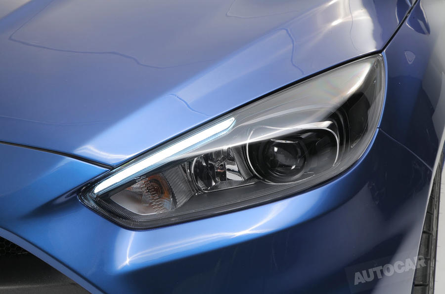 2016 Ford Focus RS - prices, specs, engine details