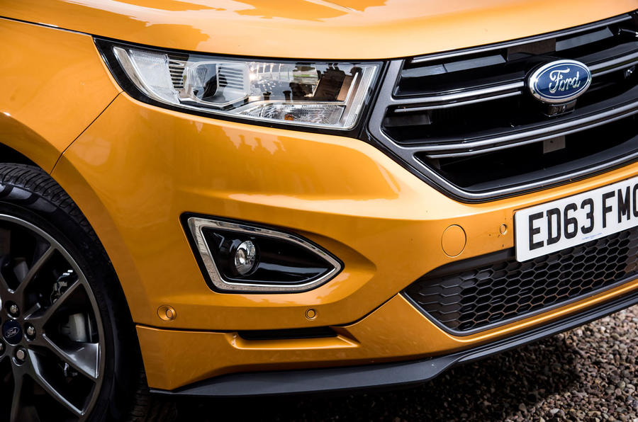 Ford Edge front grille