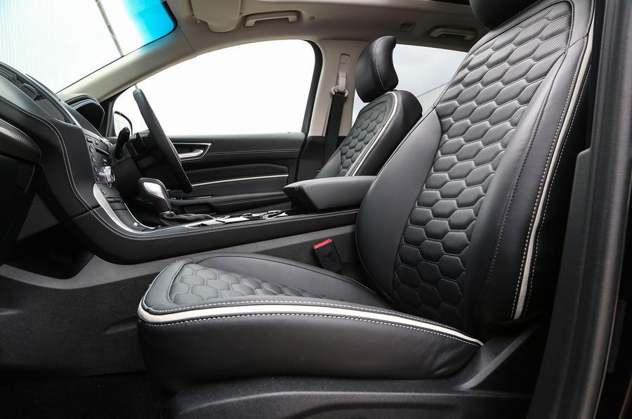 Ford Edge Vignale interior